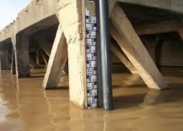 Échelle limnimétrique sur le Fleuve Sénégal